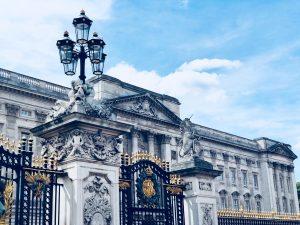 Buckingham Palace - Photo by Dan on Unsplash